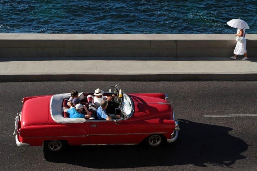 Classic car tour Havana Cuba