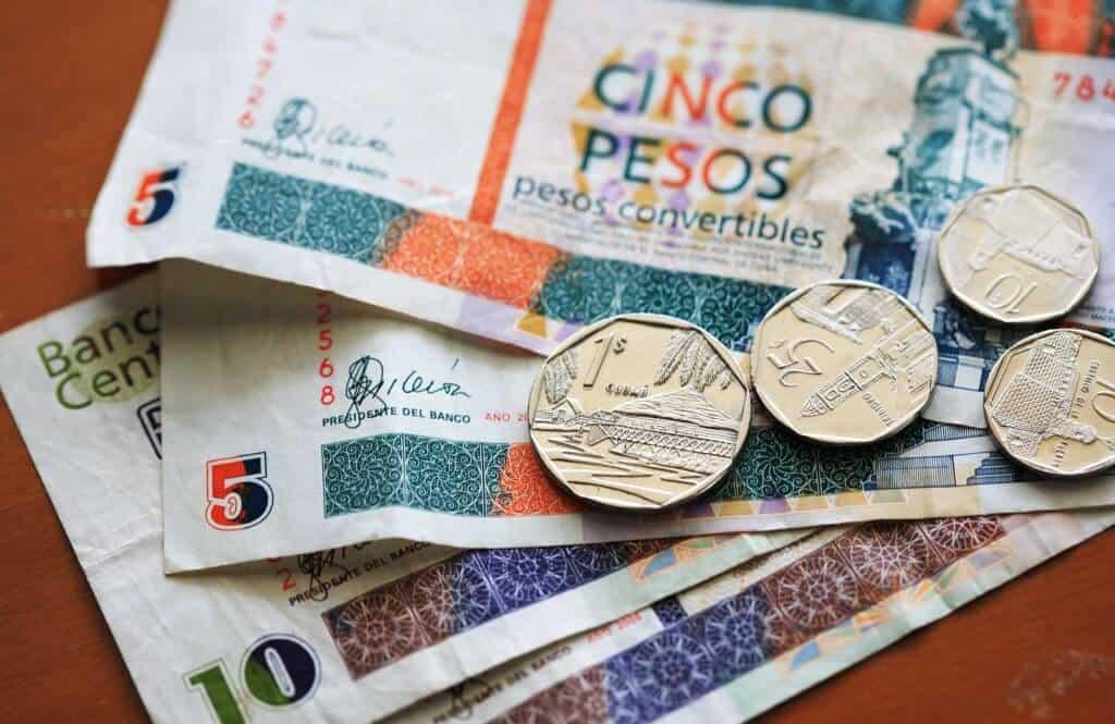 Tipping in Cuba - Cuban Convertible Pesos