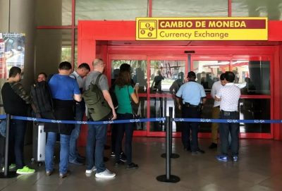 Line at CADECA airport to exchange Cuban currency